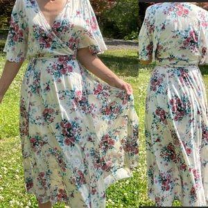 Stunning floral wrap maxi dress large